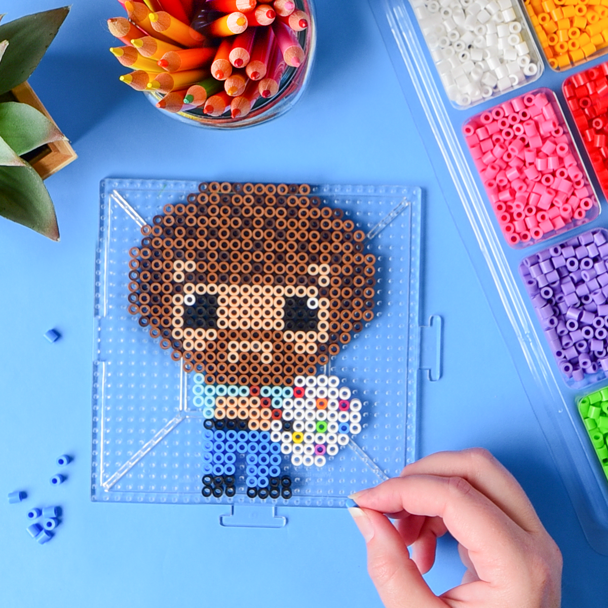 Oh Bob Beads Look Good On You Head To The Linkinbio For Tips On Making Perlerbead Pixel Portraits Fro Perler Crafts Diy Perler Beads Perler Bead Templates