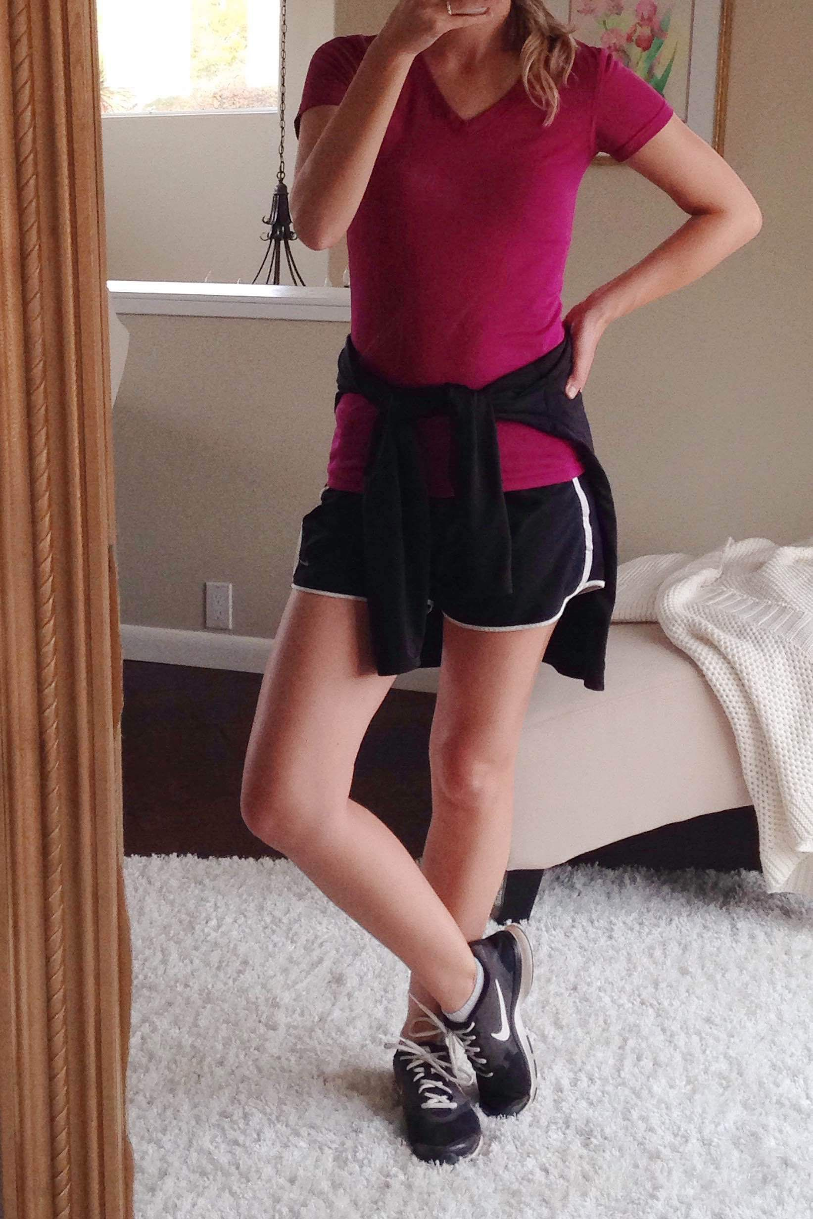 outfit ideas for moms nike running shorts sneakers work-out t-shirt