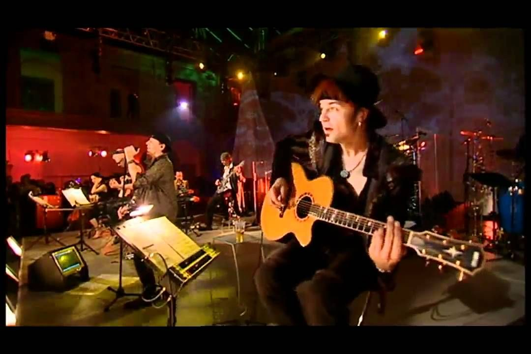Scorpions Holiday Official Live Video Hd Live Video Holiday Video