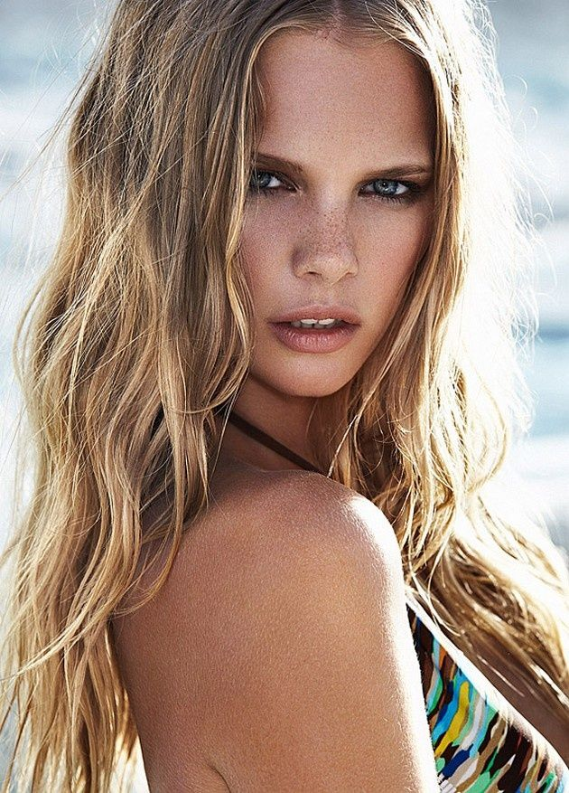 We Like Blondes With Freckles Luvtolook Virtual Styling Beachy Blonde Hair Beachy Blonde Blonde With Freckles