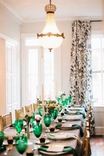Those emerald green glasses really make the room pop!