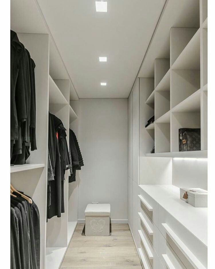 Closets, Shelves & Drawers And Storage