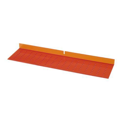 IKEA - FIXA, Bohrschablone, Die Schablone dient zum Markieren der Bohrlöcher von Knöpfen oder Griffen und hilft, sie an jeder Front in der gleichen Position anzubringen.Die Leiste der Bohrschablone wird an die Kante der Tür- oder Schubladenfront gelegt; erleichtert präzise senkrechte oder waagerechte Montage von Griffen.