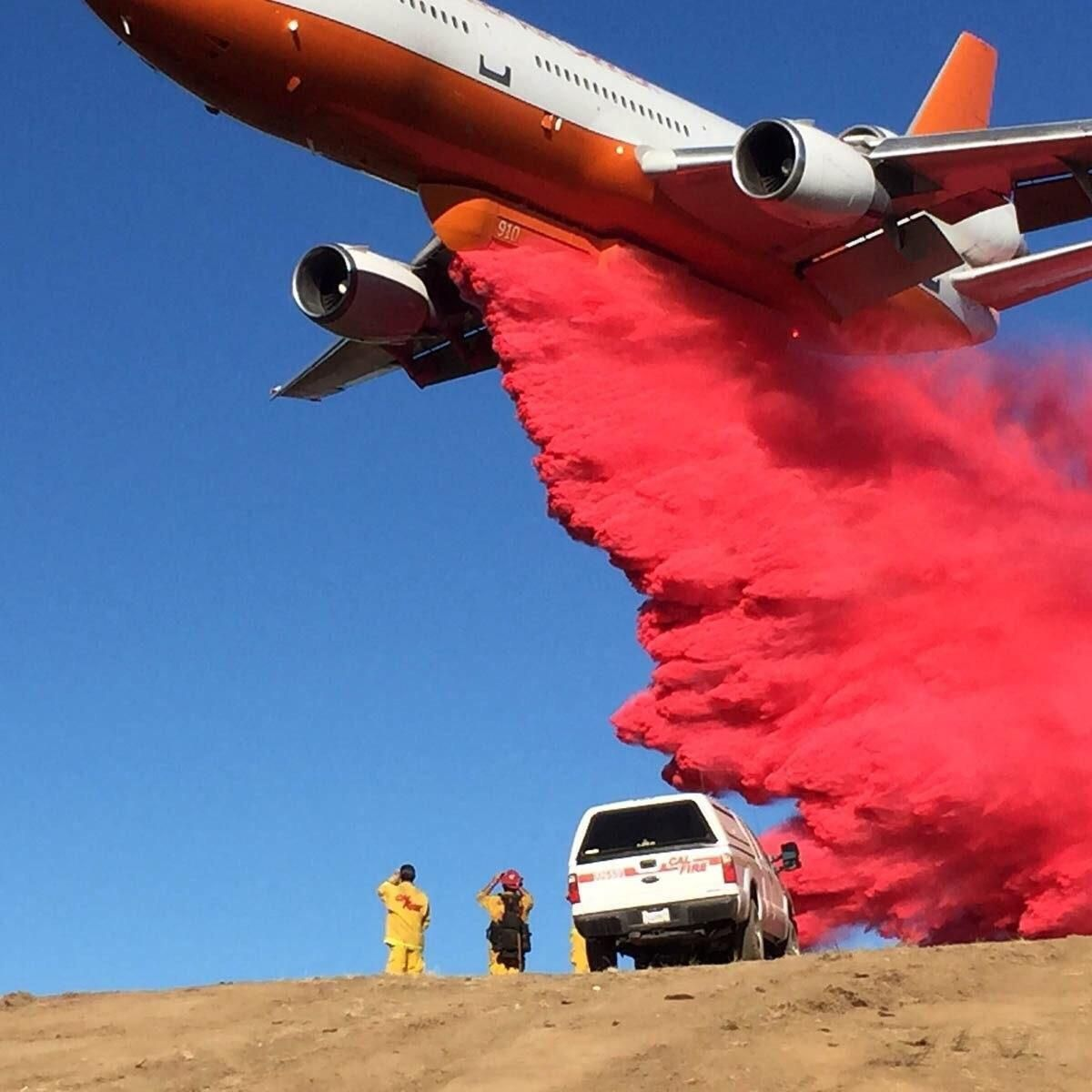 These Gender Reveals Are Getting Out Of Control Imgur Aviation Humor Wildland Fire Funny Pictures