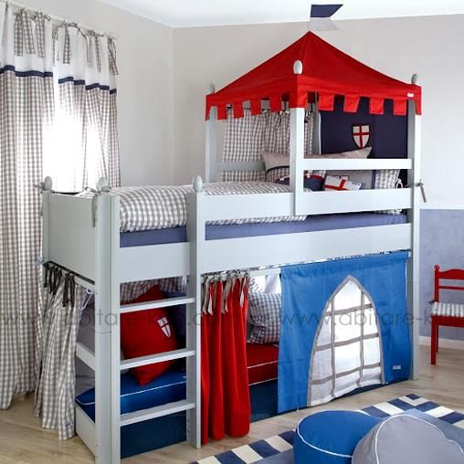 ritterburg by annette frank lit mi hauteur 90x200 cm chambre de chevalier pinterest. Black Bedroom Furniture Sets. Home Design Ideas