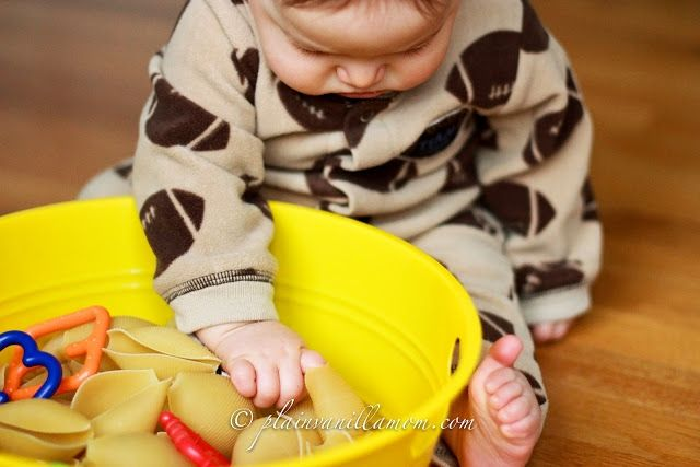 20 easy sensory play ideas for babies   BabyCentre Blog