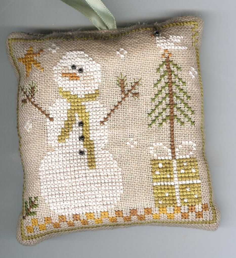 Little House Needleworks Ornament SAL Too!