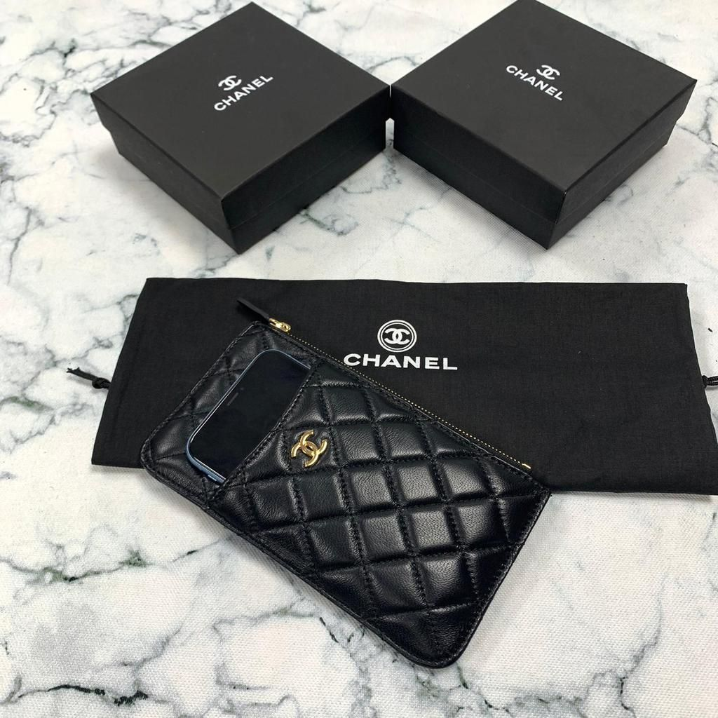 Chanel classic flap phone case card holder in 2020