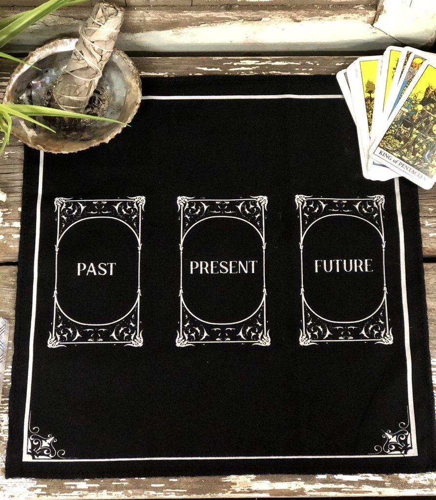 pull a tarot card free