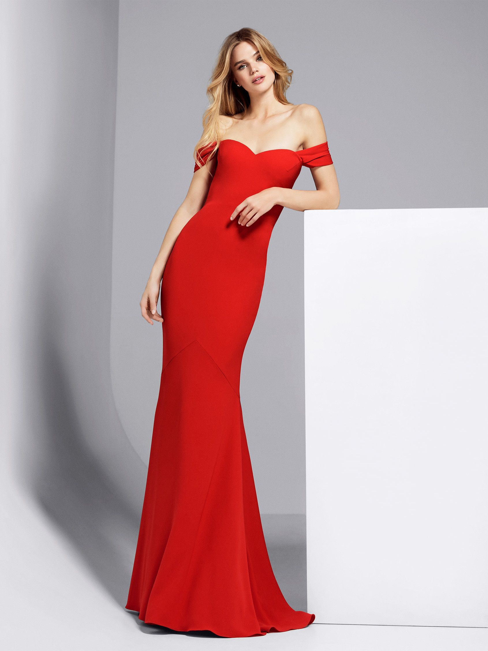 Pronovias Georgeta Long red cocktail dress | Dream wardrobe | Pinterest