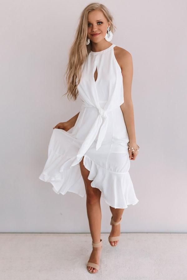 Going For Margs Front Tie Dress In White
