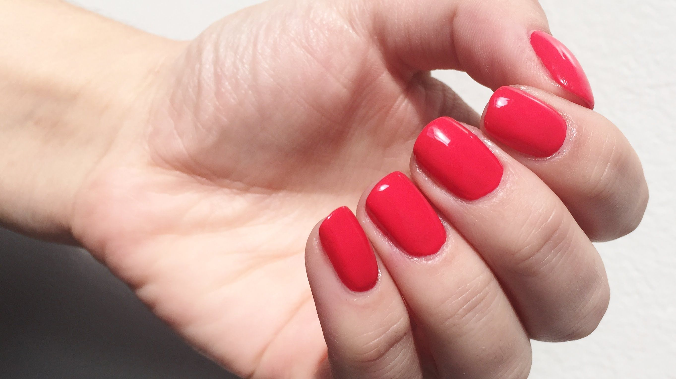 How to make regular nail polish look like gel nails how to how to make regular nail polish look like gel nails how to paint your nails perfectly prinsesfo Images