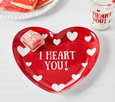 Quot I Heart You Quot Plate Pottery Barn Kids Holiday Plates
