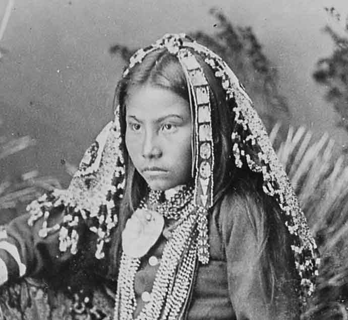 Dorothy, Naiche's daughter, the photo was taken in 1884 by Wittick (or Randall)