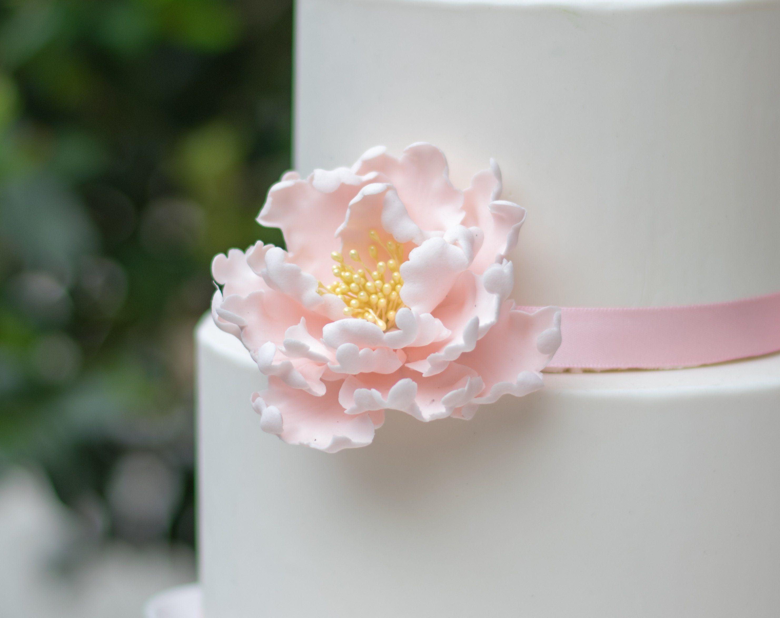 Blush Peony Sugar Flower Unique Wedding Cake Topper Gumpaste Flowers Stamens In Gold Silver Ros Sugar Flowers Wedding Cake Toppers Unique Blush Peonies