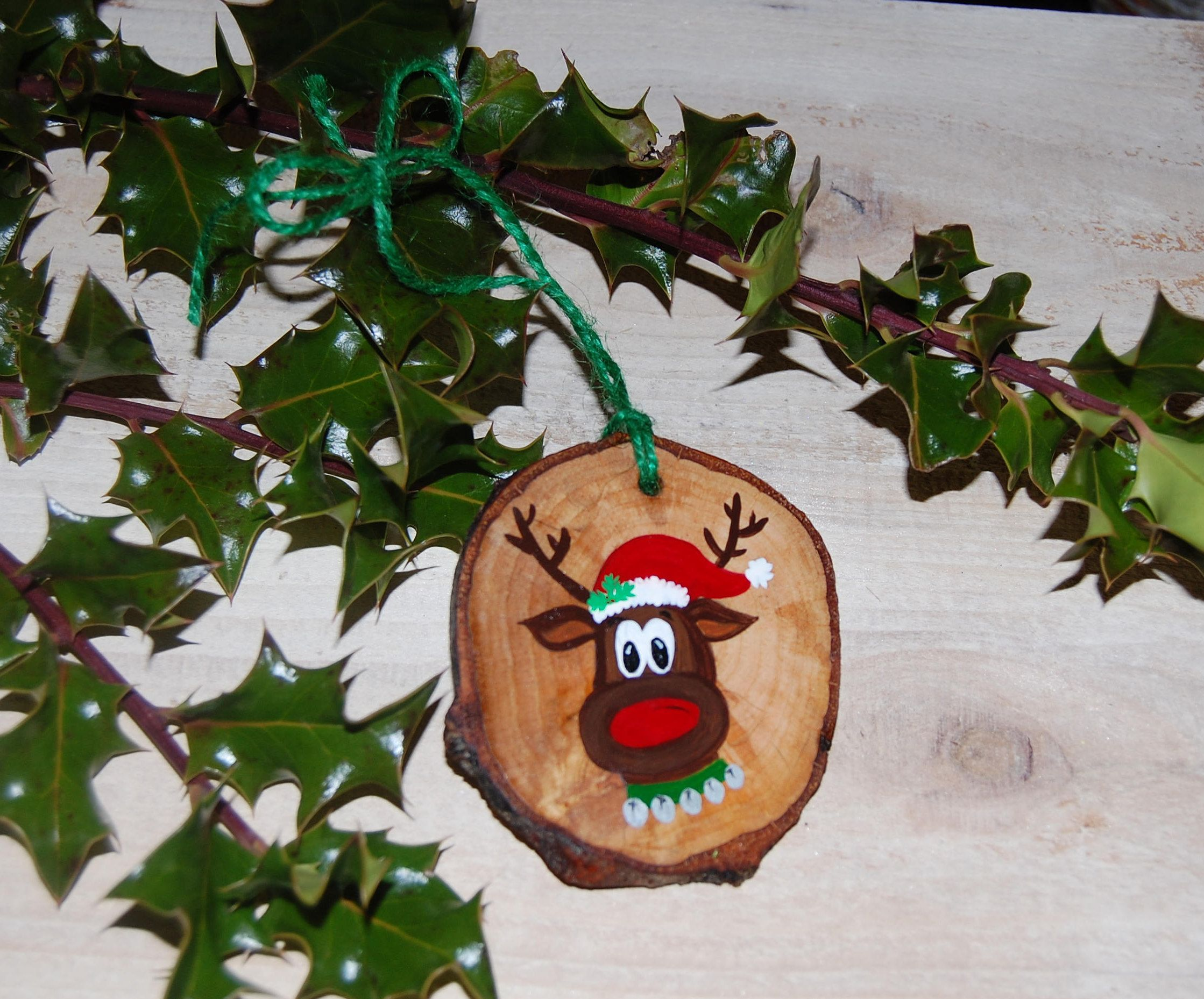 Hand Painted Rudolph Reindeer Wood Slice Ornament Woodland Etsy Wood Christmas Ornaments Christmas Ornament Crafts Christmas Crafts For Gifts