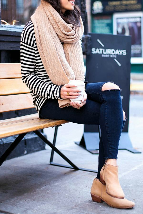 Casual look for fall 2015. Striped marine turtleneck, scarf and ribbed black jeans.