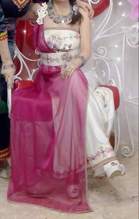 Robe kabyle moderne gnader pinterest robe kabyle for Maison kabyle moderne
