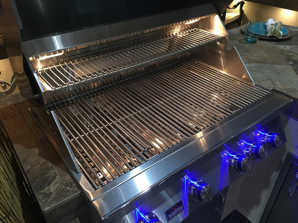 Bonfire 34″ 4 Burner grill on cart with rotisserie kit