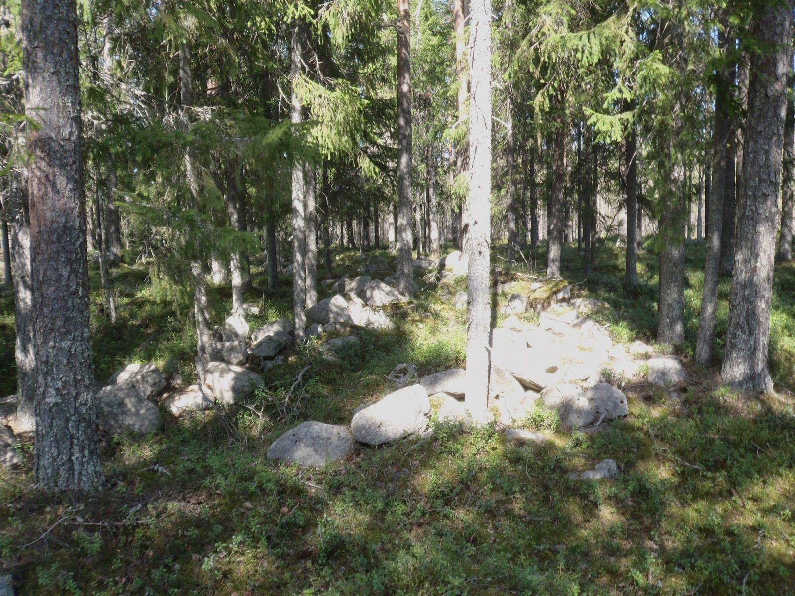 Kadonneen kulttuuriperinnön metsästäjät: Mystisiä kivirakennelmia Pohjanmaalta