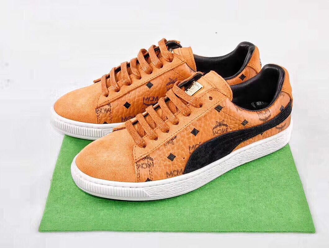 new arrival bce2f e59ec PUMA Suede X MCM | Puma | Shoes sneakers, Badminton shoes ...