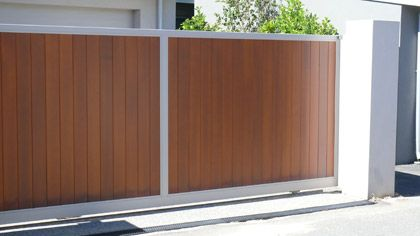 Sliding gates in 2019 gates sliding gate main gate - Sliding main gate design for home ...