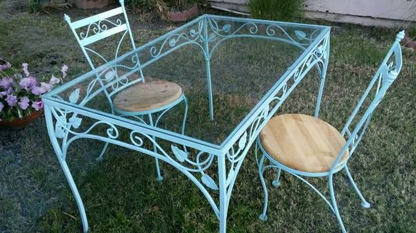 VINTAGE WROUGHT IRON PATIO SET , $150