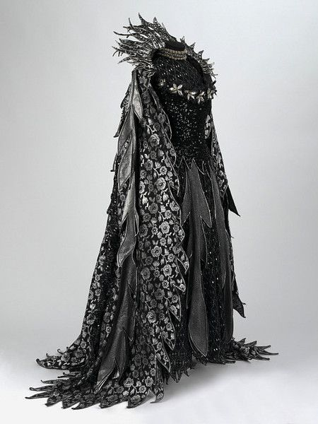 As the dark takes over... more layering and overall darker colors through to black in costumes near end. (Theater Costume, created 1977 by Bruno Santini)