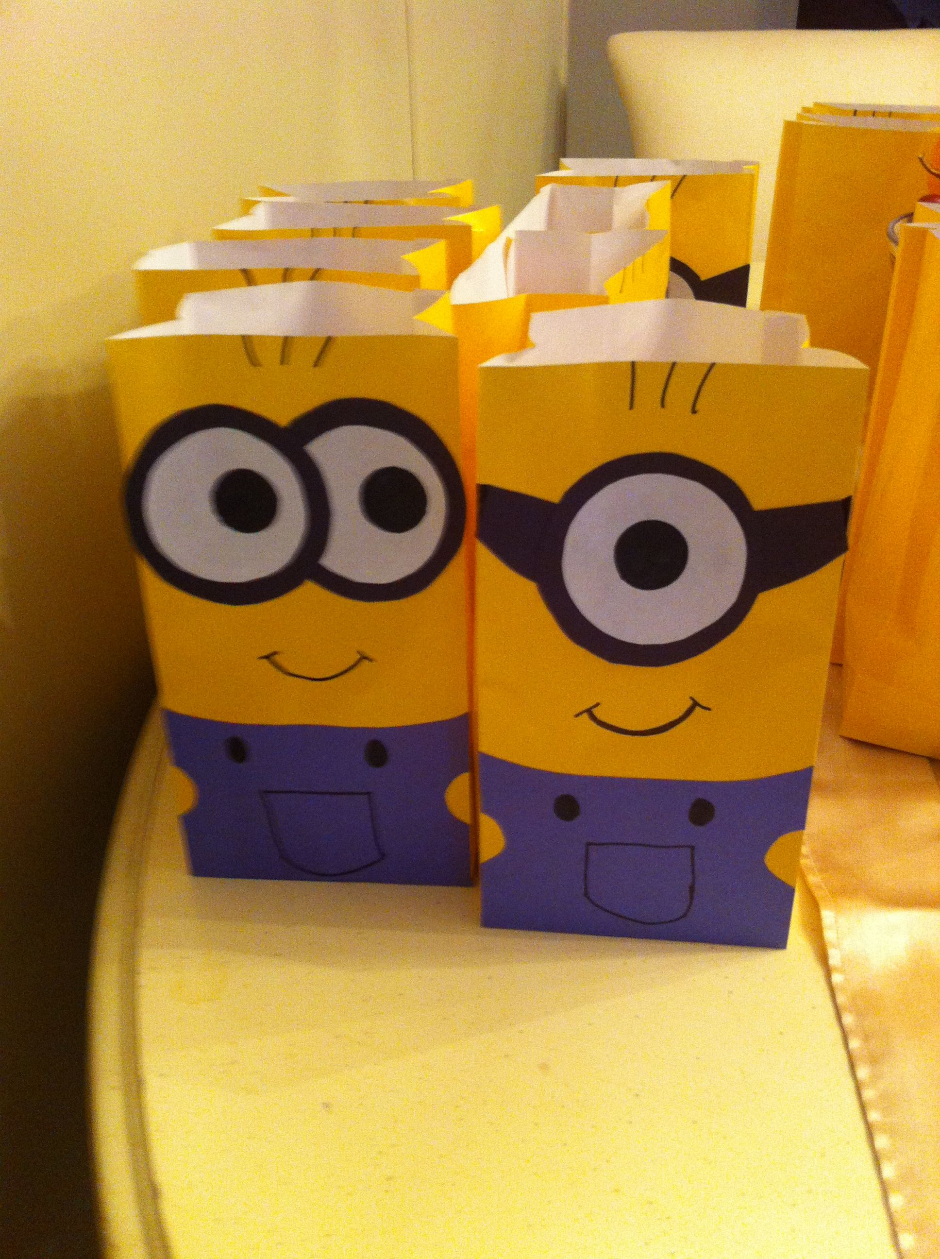 minion goodie bags so proud of myself party themes and. Black Bedroom Furniture Sets. Home Design Ideas