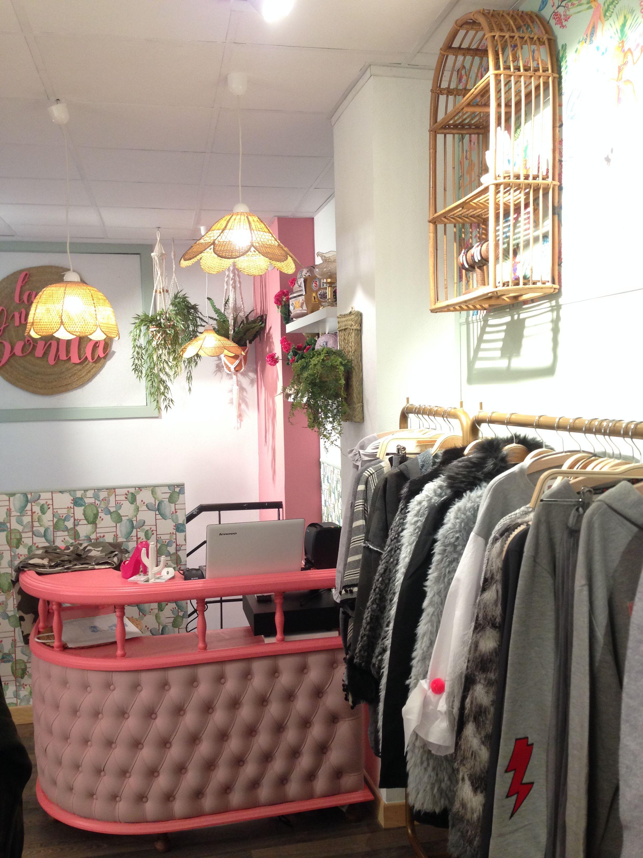57ee450e5 Decoración Tienda Ropa Chicas. La Niña Bonita Style Room.  Www.filigranaurbana.com