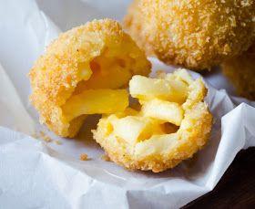 La Petite Brioche: Fried Macaroni and Cheese Balls