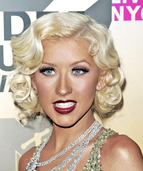 Christina Aguilera Hairstyle Medium Wavy Formal Platinum Blonde Hair Color Vintage Hairstyles Hair Styles