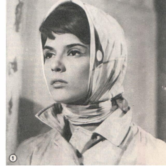 Irina Petrescu 1965... Scarves are always chic. | Headpiece, Male sketch,  My style