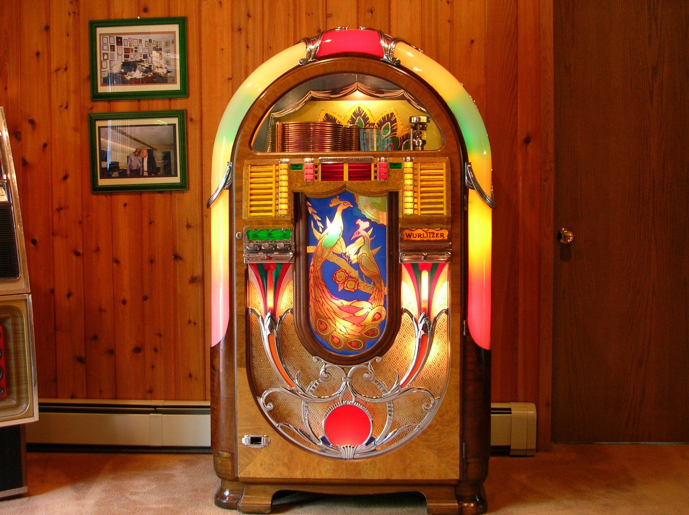 Gameroom   Jukebox, Jukeboxes, Retro