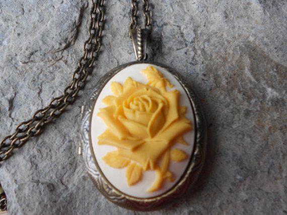 Creamy Yellow Rose on Aqua Blue!! Keepsakes High Quality!! Cameo Locket!! Photos Weddings