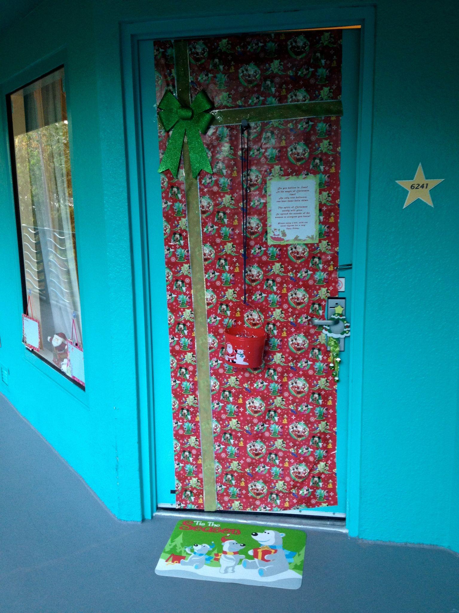 Stupendous Christmas Room Decor 2011 Disney Magic Disne Interior Design Ideas Inesswwsoteloinfo