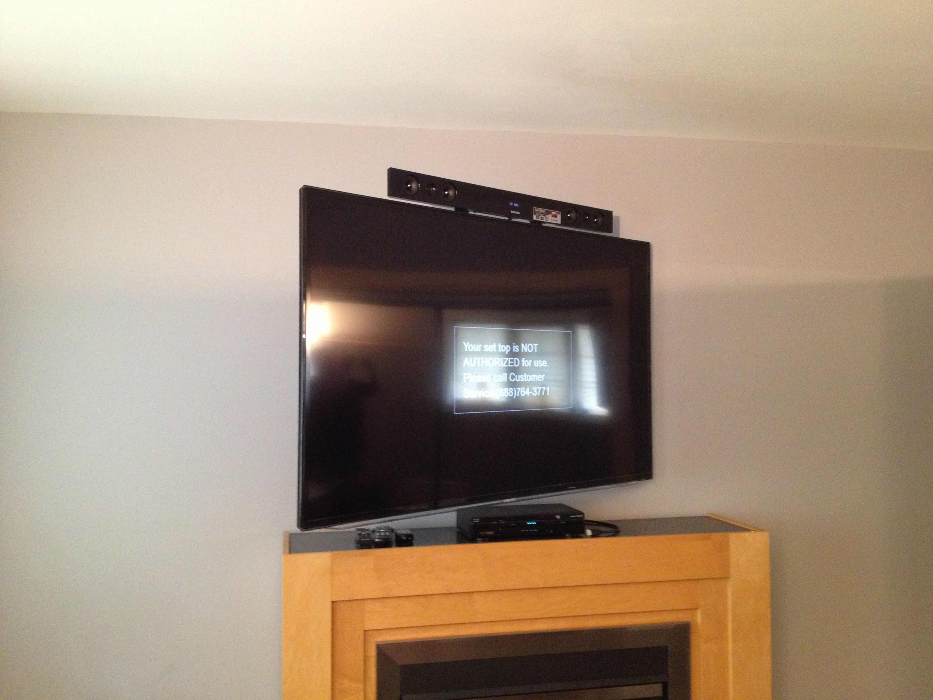 Samsung Sound Bar Installed With Sound Bar Bracket Attached To The Back Of The Tv Tv Is Wall Mounted With An Home Theater Seating Home Theater Setup Sound Bar