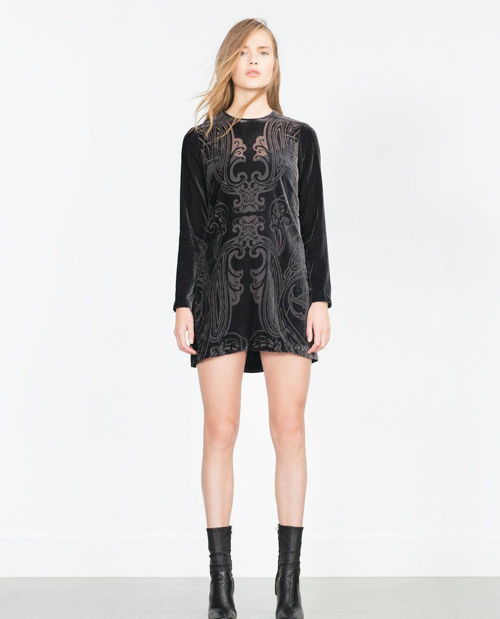 Mini vestido negro zara