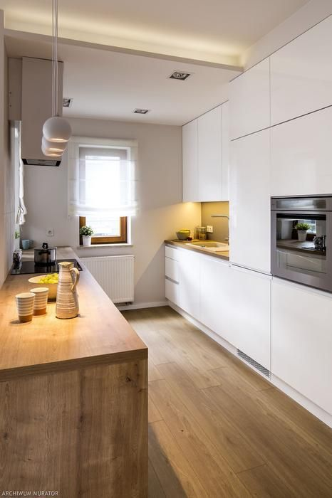 21 Sposobow Na Mala Lub Waska Kuchnie Male Kuchnie Aranzacje Zdjecia Kitchen Design Small Kitchen Furniture Design Kitchen Design