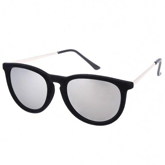 691d705aeb69 NEW Stylish Silver/Black Metal Frame Sunglasses NEW Stylish Silver/Black  Metal Frame Sunglasses ❤ Accessories Sunglasses