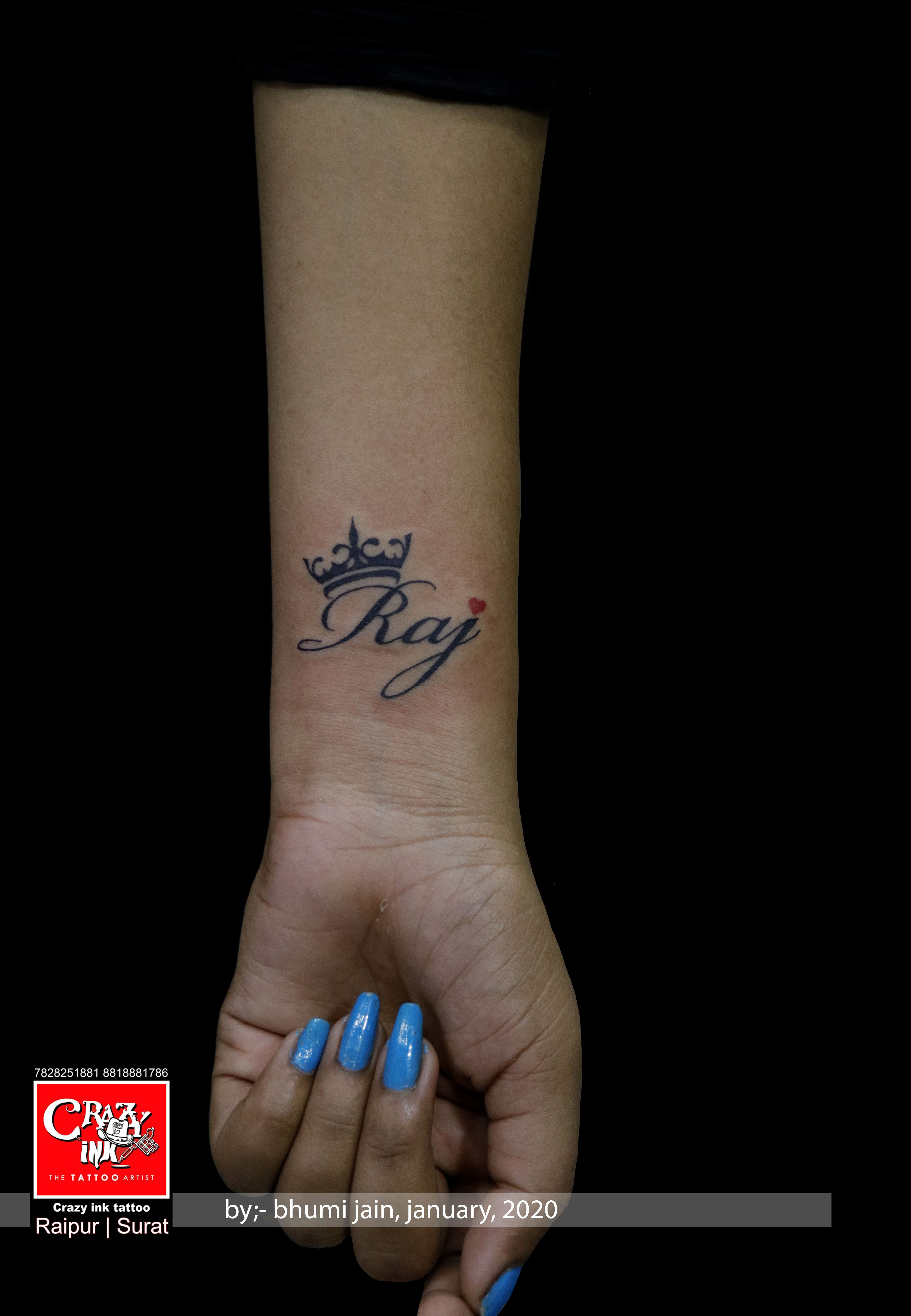 Crazy Ink Tattoo In 2020 Name Tattoos On Wrist Name Tattoo Designs Name Tattoo On Hand