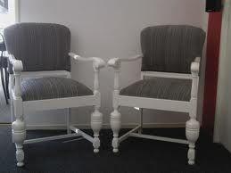 Meubels Wit Verven : Mooie stoelen eiken stoel wit verven en grijs bekleden stoelen