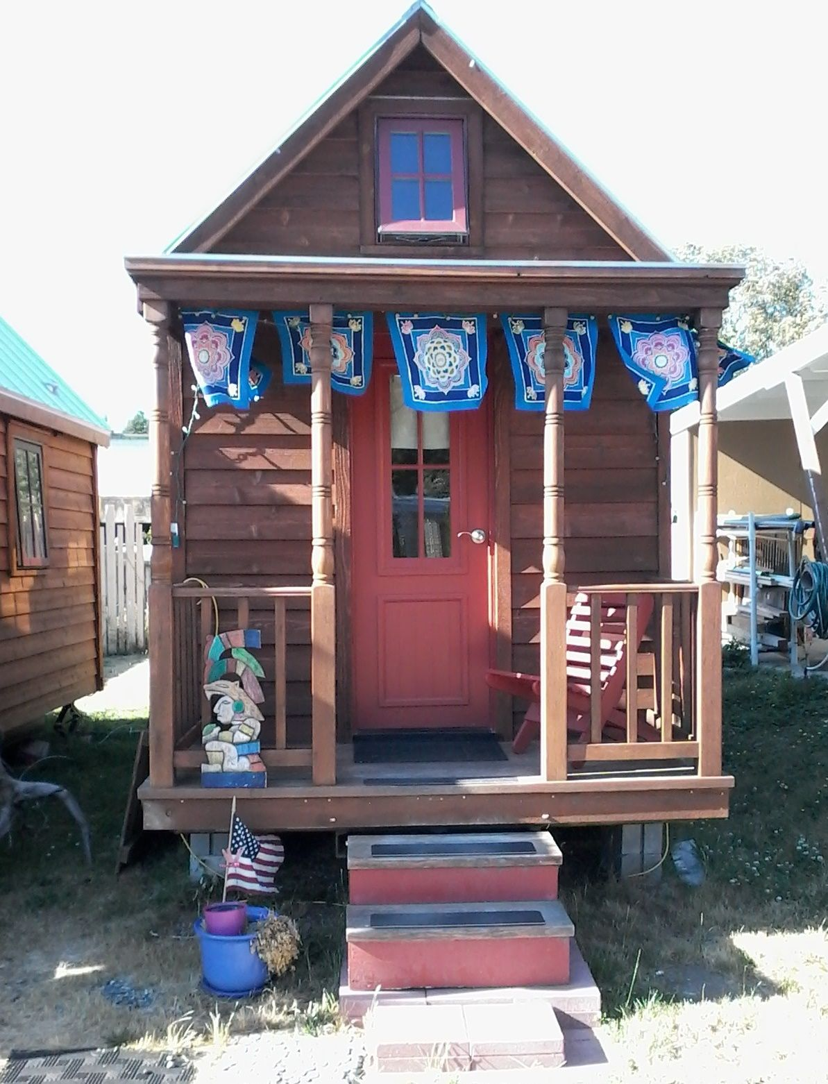Used Tumbleweed Tiny Houses With Unique Terrace And Roof Triangle Or Pyramid Artistic And Attractive Tumbleweed Tiny Homes Tiny Houses For Sale Tiny House