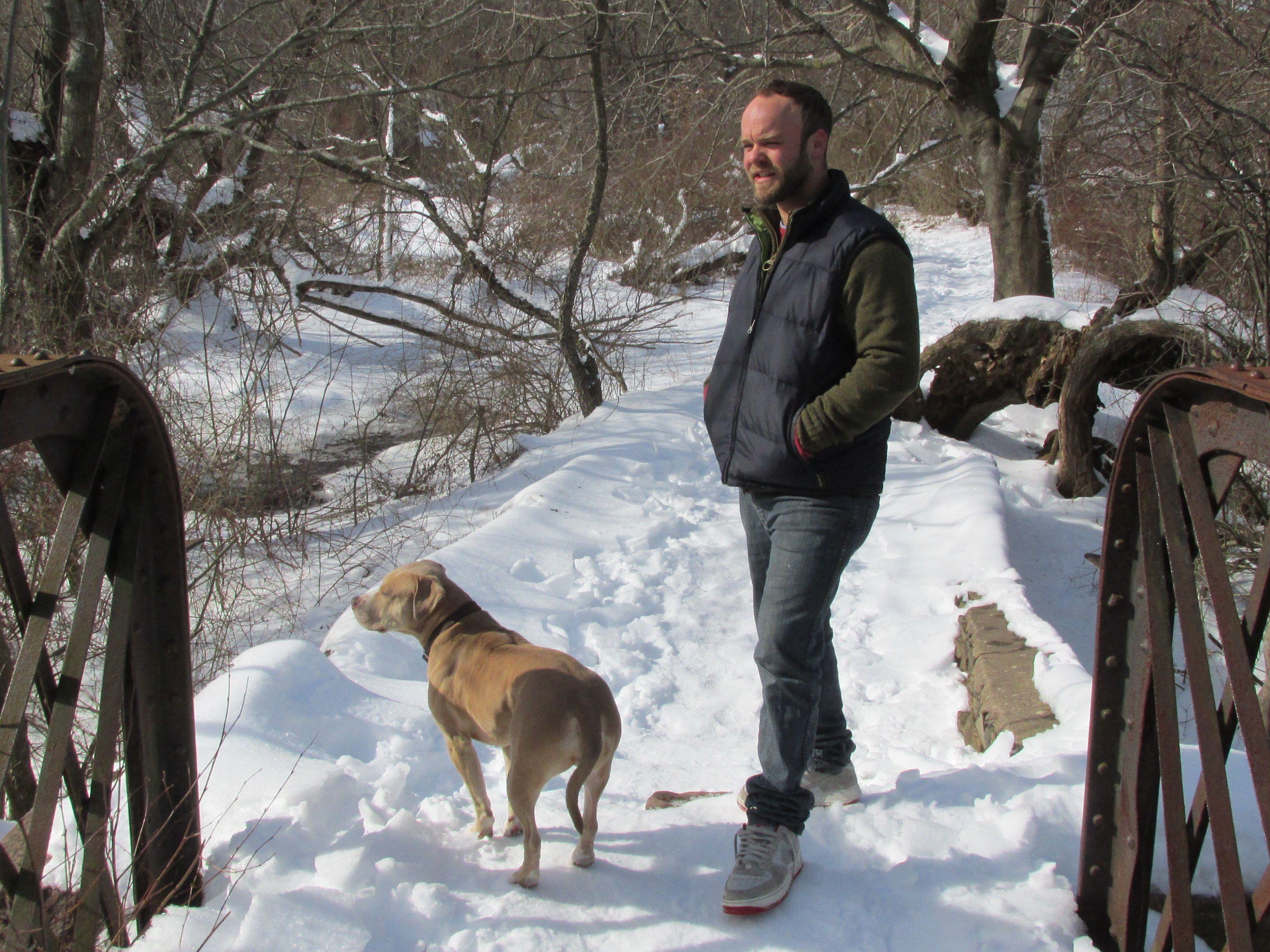 Mill River Trailers, Whitney Avenue, Hamden, CT. Dog cat