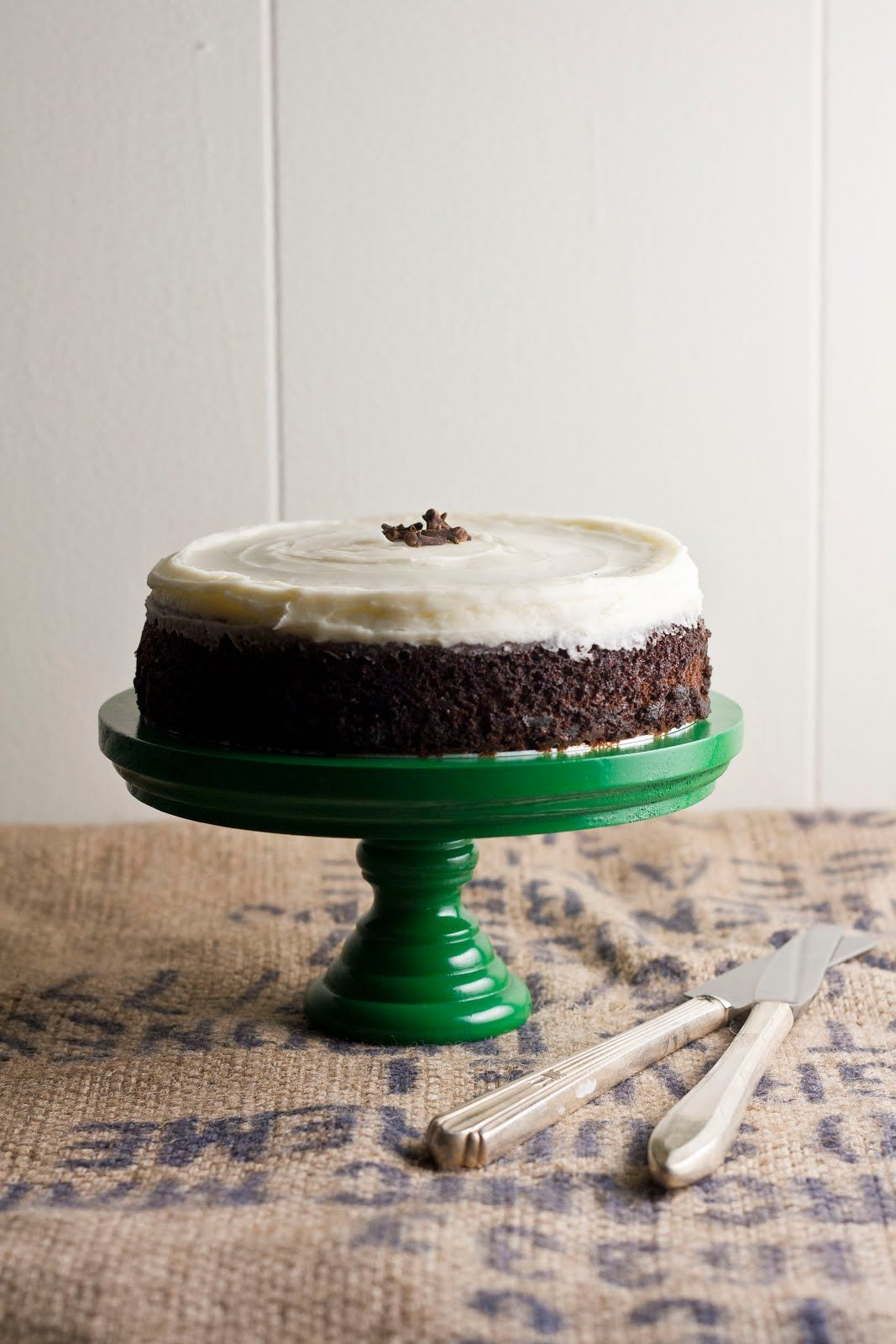 Hummingbird High - A Desserts and Baking Food Blog in Portland, Oregon: Spicy Gingerbread Cake