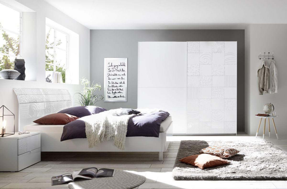 Schlafzimmer Mit Bett 180 X 200 Cm Weiss Matt Mit Siebdruck In Weiss