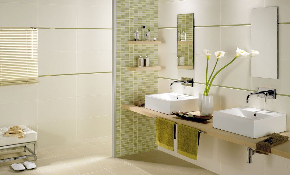 Accent tile wall in bathroom la maison bath for Carrelage mural salle de bain