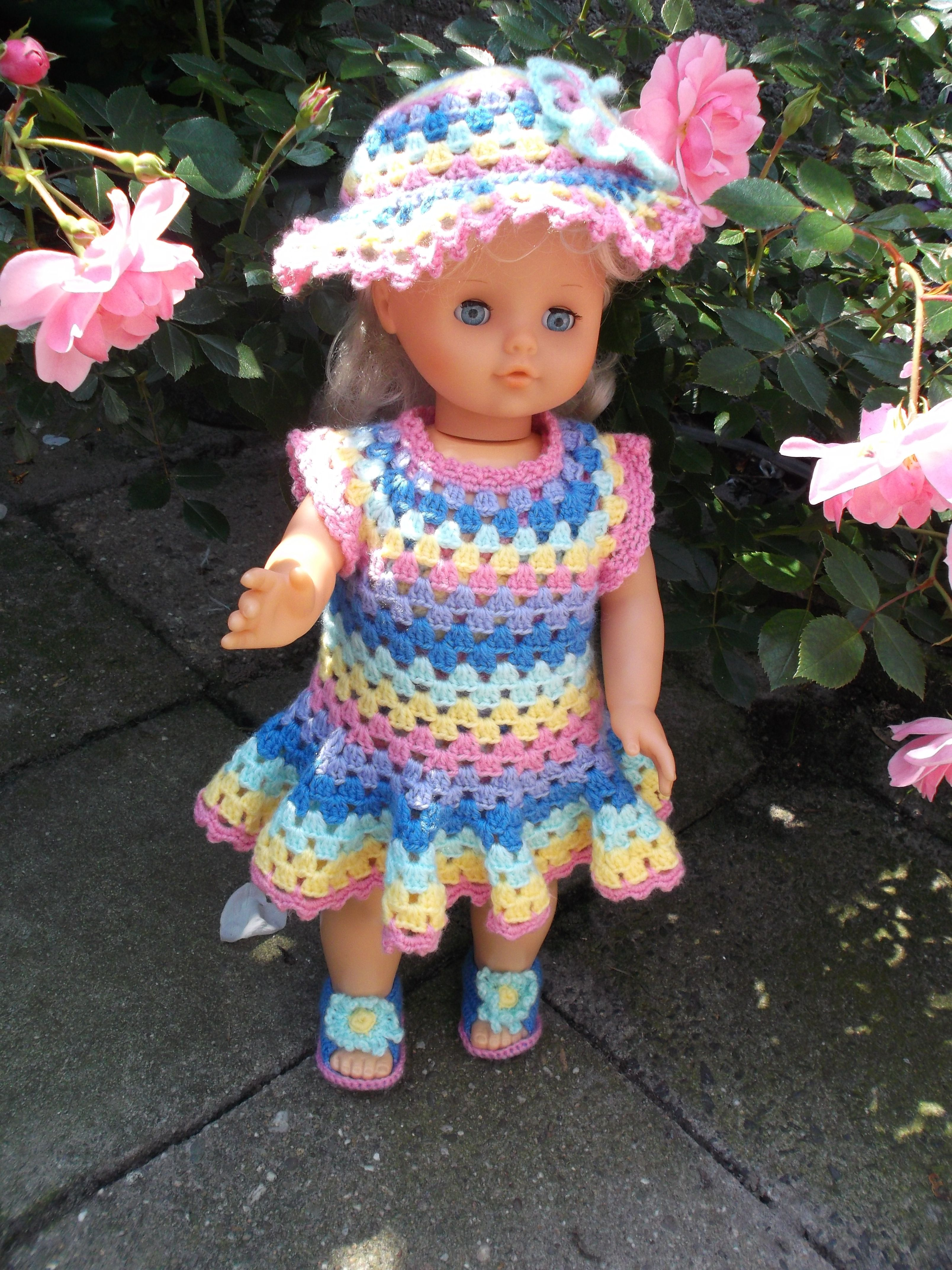gehaakt jurkje | 18 inch doll clothes | Pinterest | Crochet doll ...