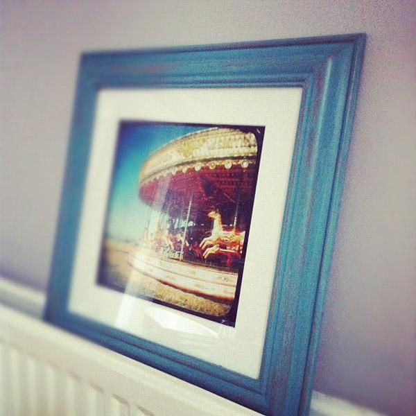 DIY Painting Crafts: DIY: HAND DISTRESSED PAINTED PICTURE FRAMES ...