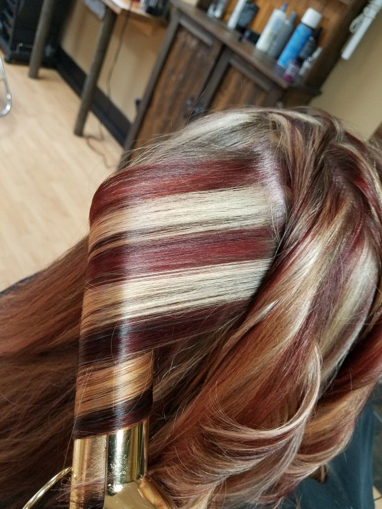 red blonde brown highlights hair
